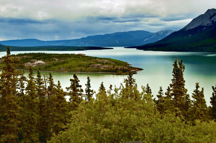 Yukon_River_-c- resized